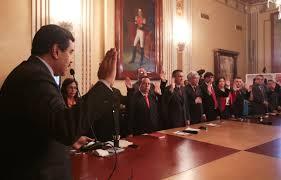 Nicolás Maduro Moros, designó este viernes ocho nuevos ministros del tren Ejecutivo Nacional y el Jefe del Estado Mayor de la Comandancia en Jefe.