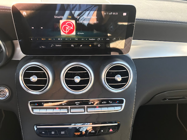 Infotainment and HVAC in 2020 Mercedes-Benz GLC 300 4MATIC