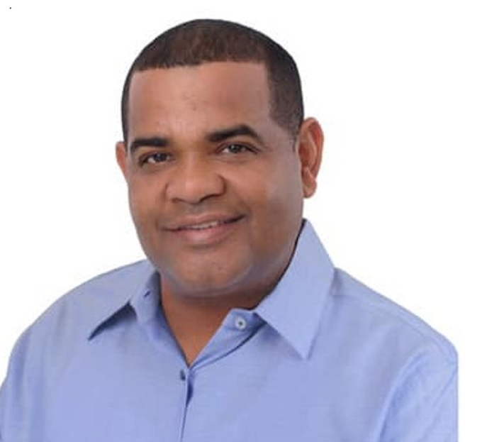 Alcalde de Barahona anunció tiene el coronavirus COVID-19