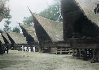 rumah batak di samosir