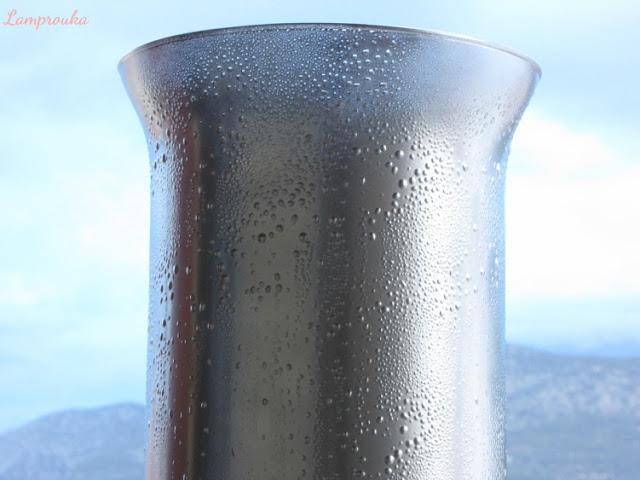 Τεχνική mercury glass σε γυάλινα βάζα.