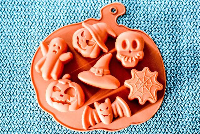 Wilton Halloween Silicone Mold