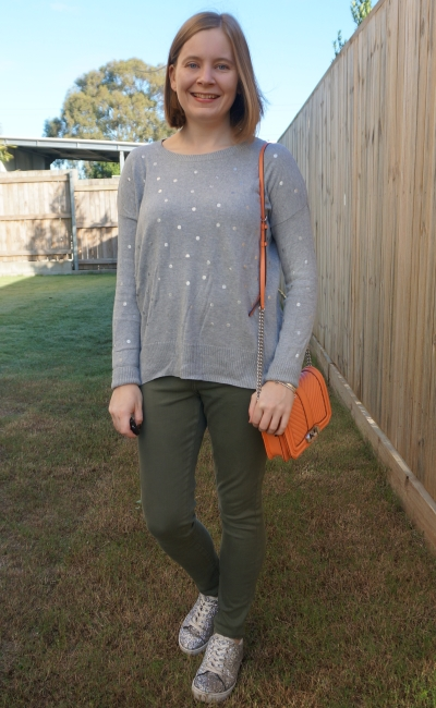 grey polka dot foil knit jumper with olive skinny jeans silver glitter runners | away from blue