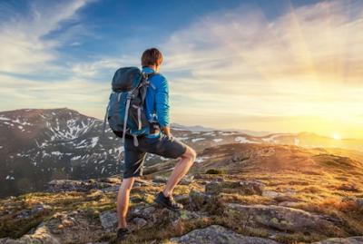 Tips Traveling ke Pegunungan yang Menyenangkan dan Aman