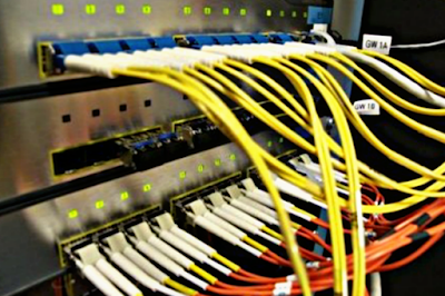 هل يتسبب فيروس كورونا في إنقطاع الإنترنت عن العالم نهائيا  ؟ هل تتحمل شبكات الإنترنت الضغط الكبير عليها