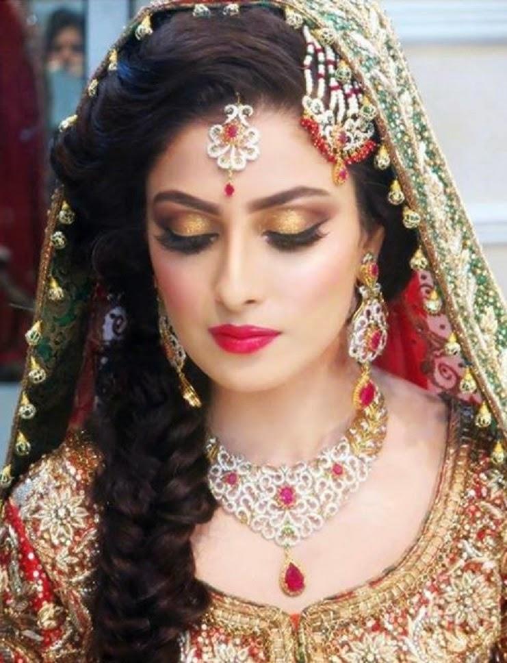 ayeza khan beautiful hd wallpaper photos and images free