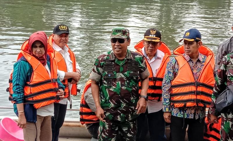 Pantau Progres Citarum Dan Alat Deteksi Limbah, Deputi 4 Kemenko Maritim Sektor 7