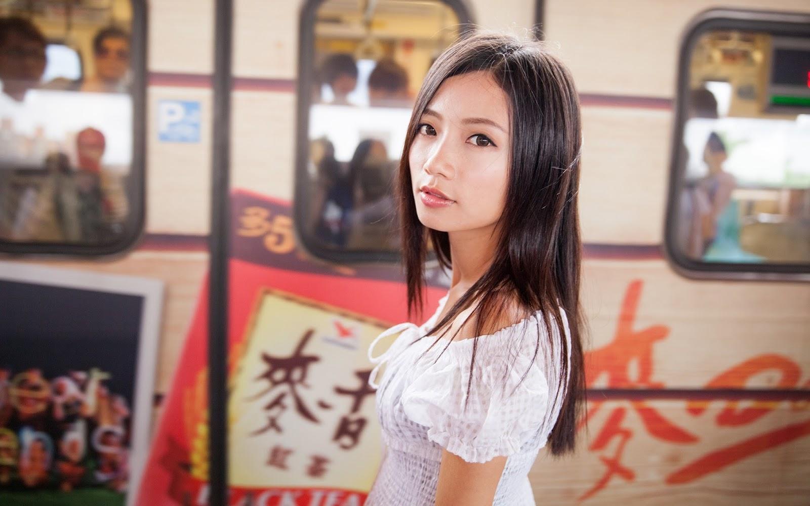 Japanese Girls Wallpapers
