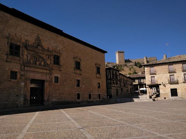 Plaza Mayor de Peñaranda de Duero