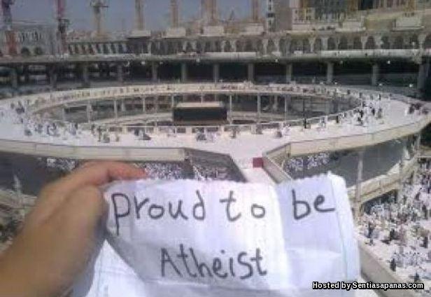 Atheist Cabar Allah Di Tanah Suci!