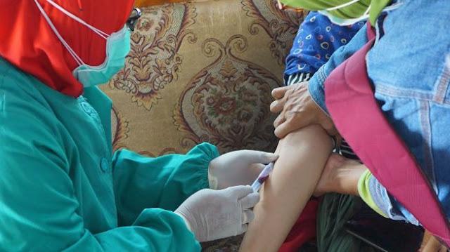 Corona Belum Usai, Puluhan Warga Desa di Tulungagung Lumpuh Diserang Virus