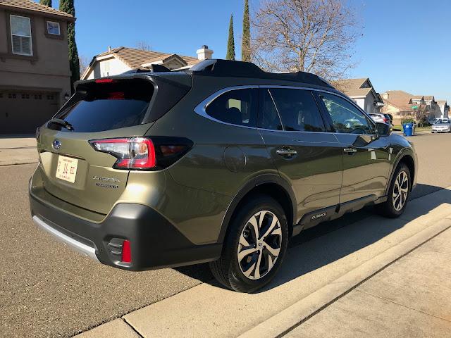 Rear 3/4 view of 2020 Subaru Outback Touring XT