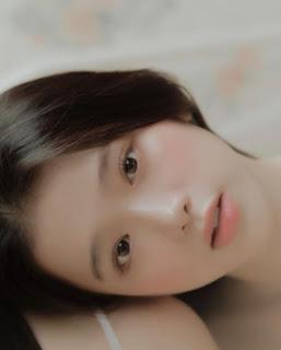 Linh Ka, Jun Vũ đẹp trong trẻo với loạt ảnh 'chị chị em em' nền nã