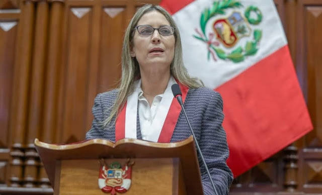 María del Carmen Alva