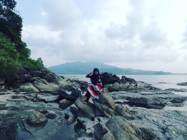 foto pemandangan pulau mandalika jepara