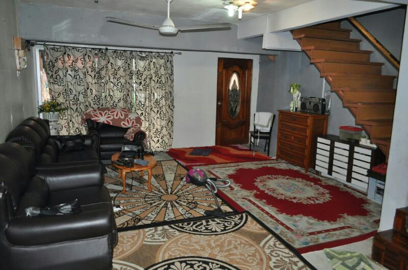 Jual beli rumah 3 storey terrace house ampang for sale for 3 storey terrace house for sale
