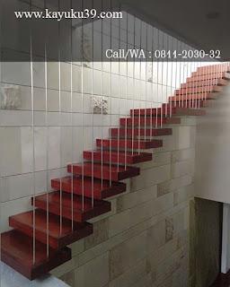 papan tangga merbau