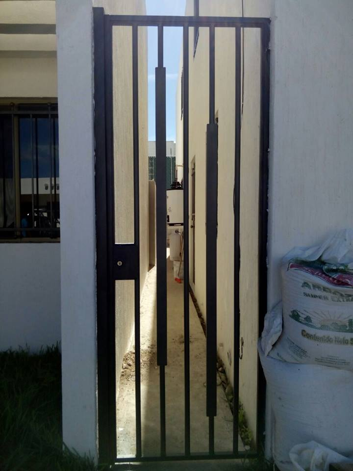 Rejas Para Puerta Cheap Puerta Reja Para Ventana Balcn De