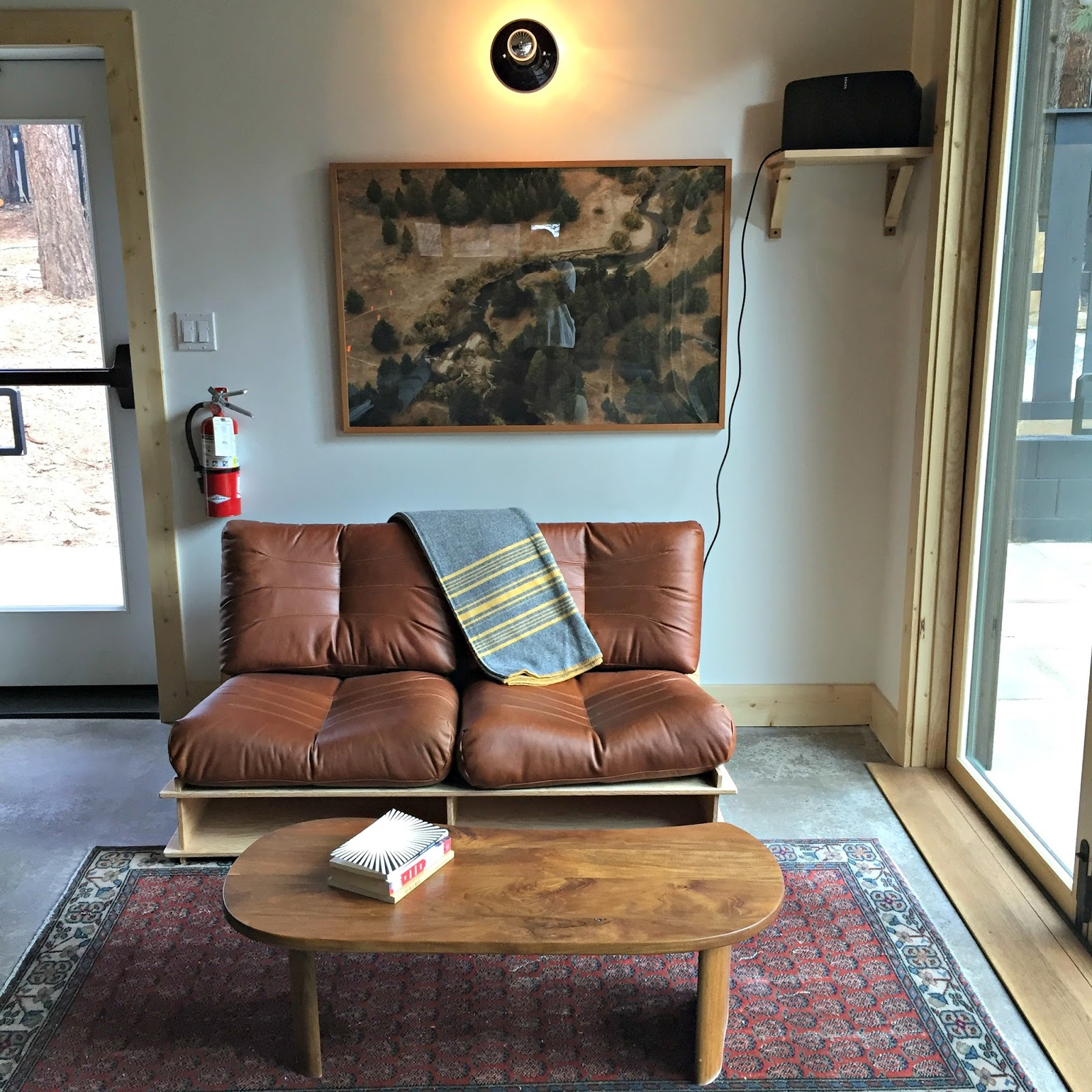 New hipster hotel in tahoe schue love for Hipster hotel