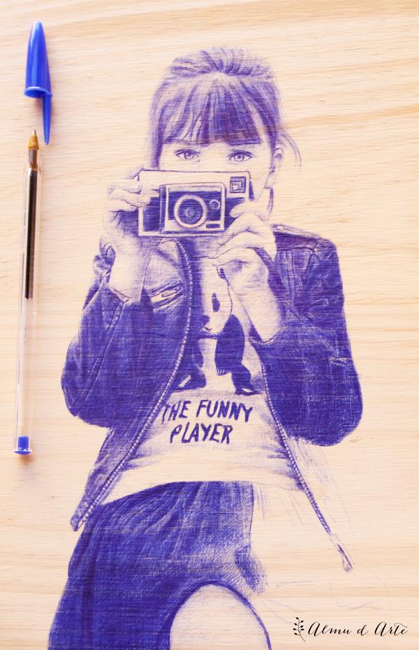 Retrato con bolígrafo bic azul