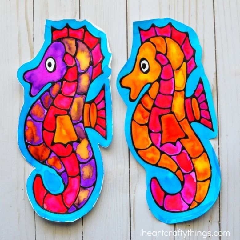summer seahorse craft for kids