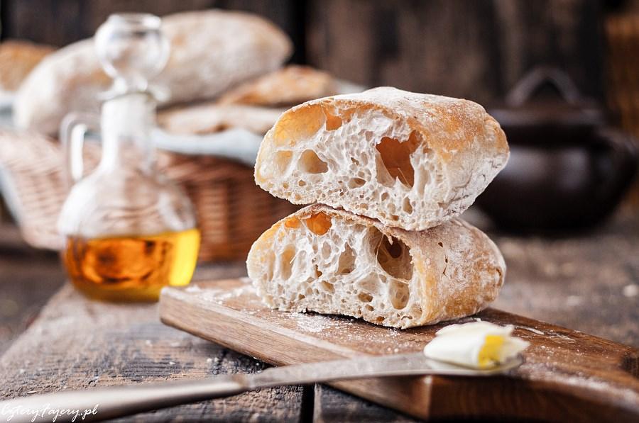 Wloski-chleb-ciabatta