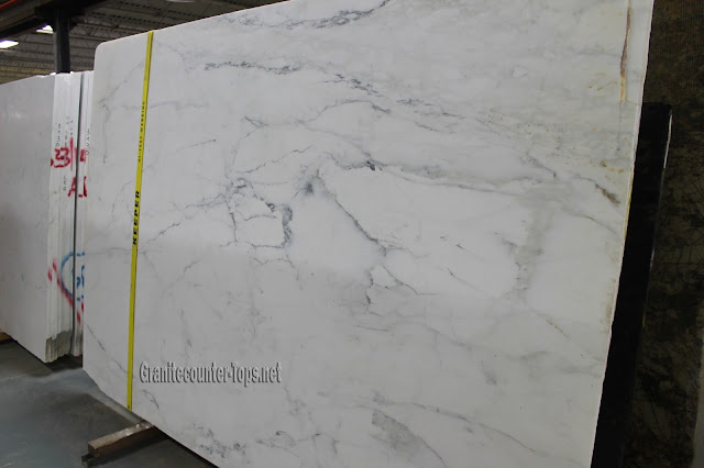 Calacatta Caldia With Marble Honed