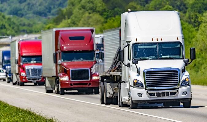 Estados Unidos se prepara para construir a primeira rodovia exclusiva para caminhões