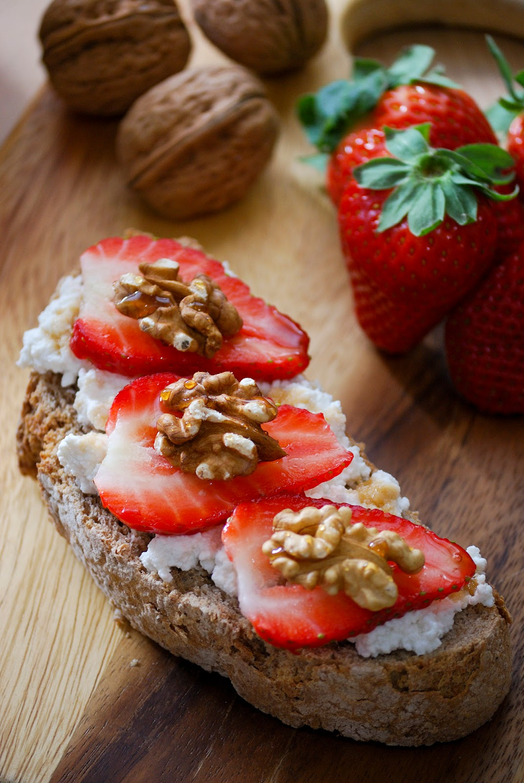 ricotta strawberry nut toast