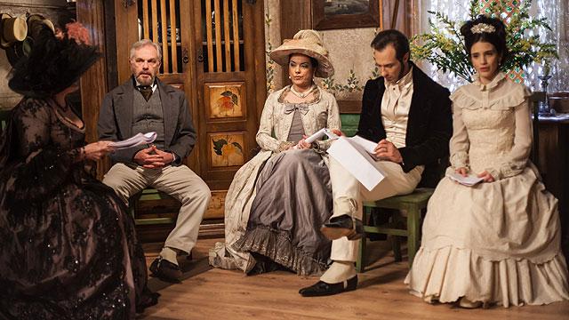 Tereza (Roberta Gualda) figurino vestido casamento, Escrava Mãe