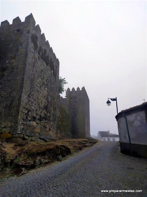 visitar el castillo medieval de Trancoso Portugal