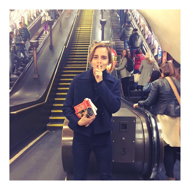 Emma-Watson-hiding-mom-me-and-mom-book