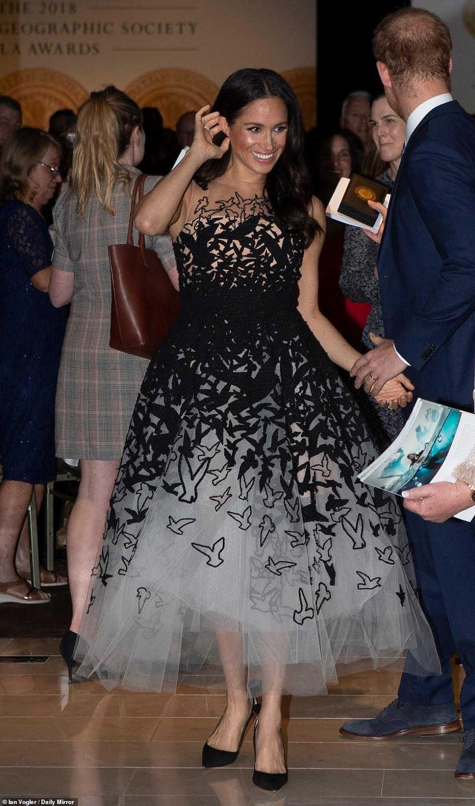 Meghan Markle dazzles in Oscar de la Renta at Sydney Awards Ceremony