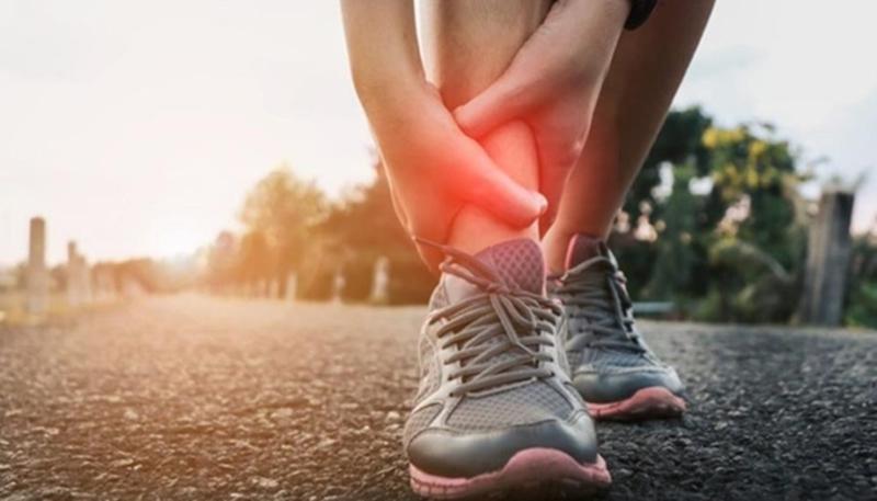 Yürürken bacaklarınızda gerçekleşen ağrı