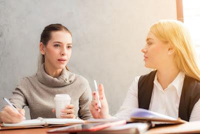 6 Cara mengetahui Dia Tidak Senang Denganmu dan Tidak Mau Berteman Denganmu