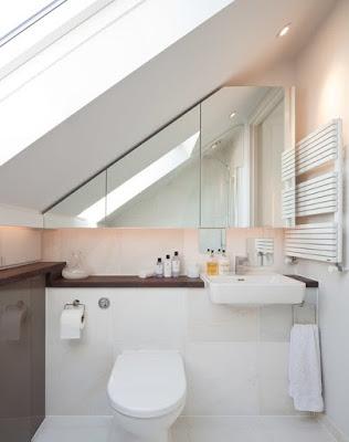 แบบห้องน้ำขนาดเล็กเพดานต่ำ