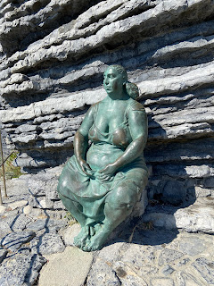 The statue 'Mater Naturae' (1989) by Raffaele Scorzelli - Porto Venere, Italy
