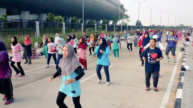 Karta Ranum Rumasa Gelar Senam Sehat Tiap Minggu Pagi di Depan Stadion GBLA