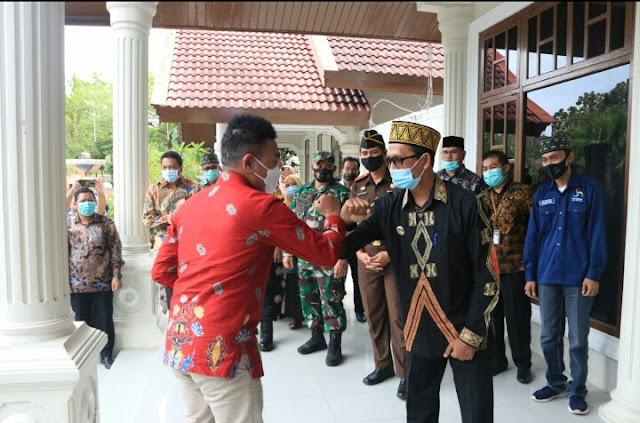 Staf Khusus Presiden Kunjungi Bupati Aceh Selatan
