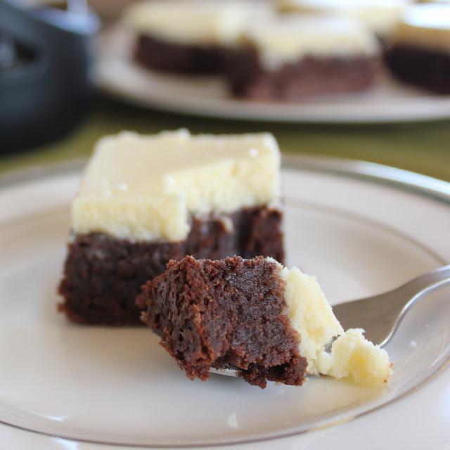 Chai Cake Cheesecake Brownies