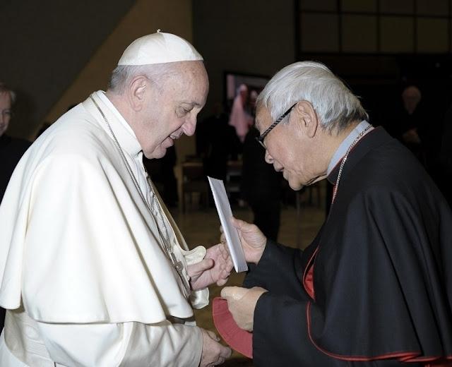 Cardeal Zen entregou carta confidencial ao Papa denunciando pormenores da 'venda' da Igreja ao comunismo na China