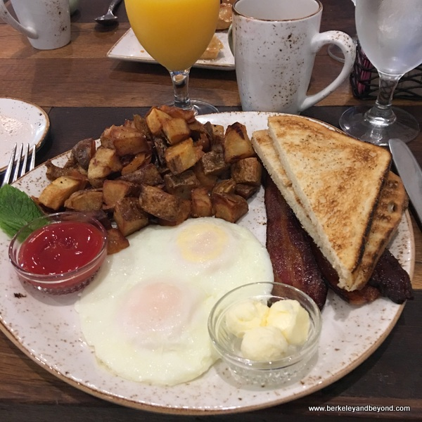 American breakfast at Cello restaurant at Allegretto Vineyard Resort in Paso Robles, California