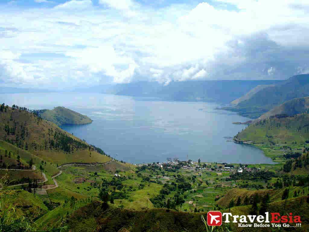 Paket Tour Danau Toba