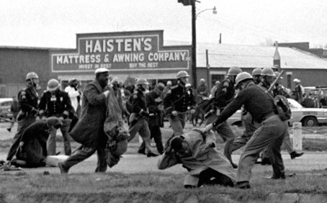 John-Lewis-attacked-Selma-Alabama
