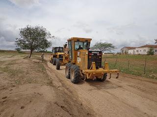 Prefeitura de Baraúna realiza recuperação de estradas do Município