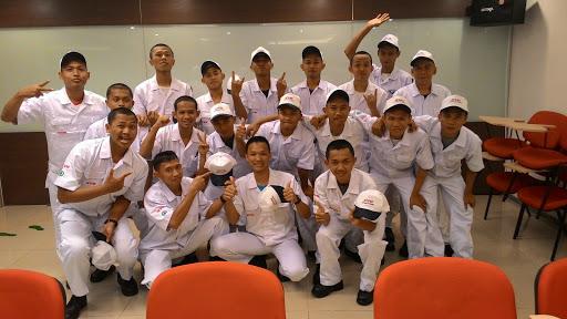 PT Denso Indonesia Lowongan Kerja SMA/SMK Operator Produksi Bekasi