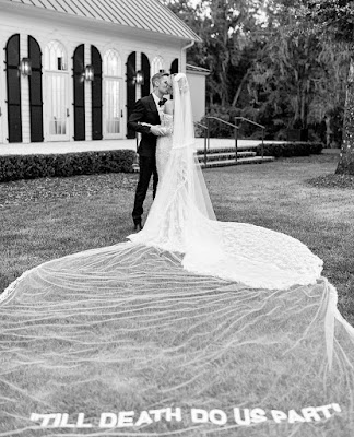Hailey and Justin Bieber wedding photos
