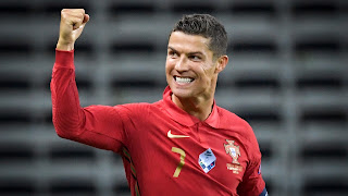 Cristiano Ronaldo with another record after moving to No.1 on Instagram and overtaking Ariana Grande