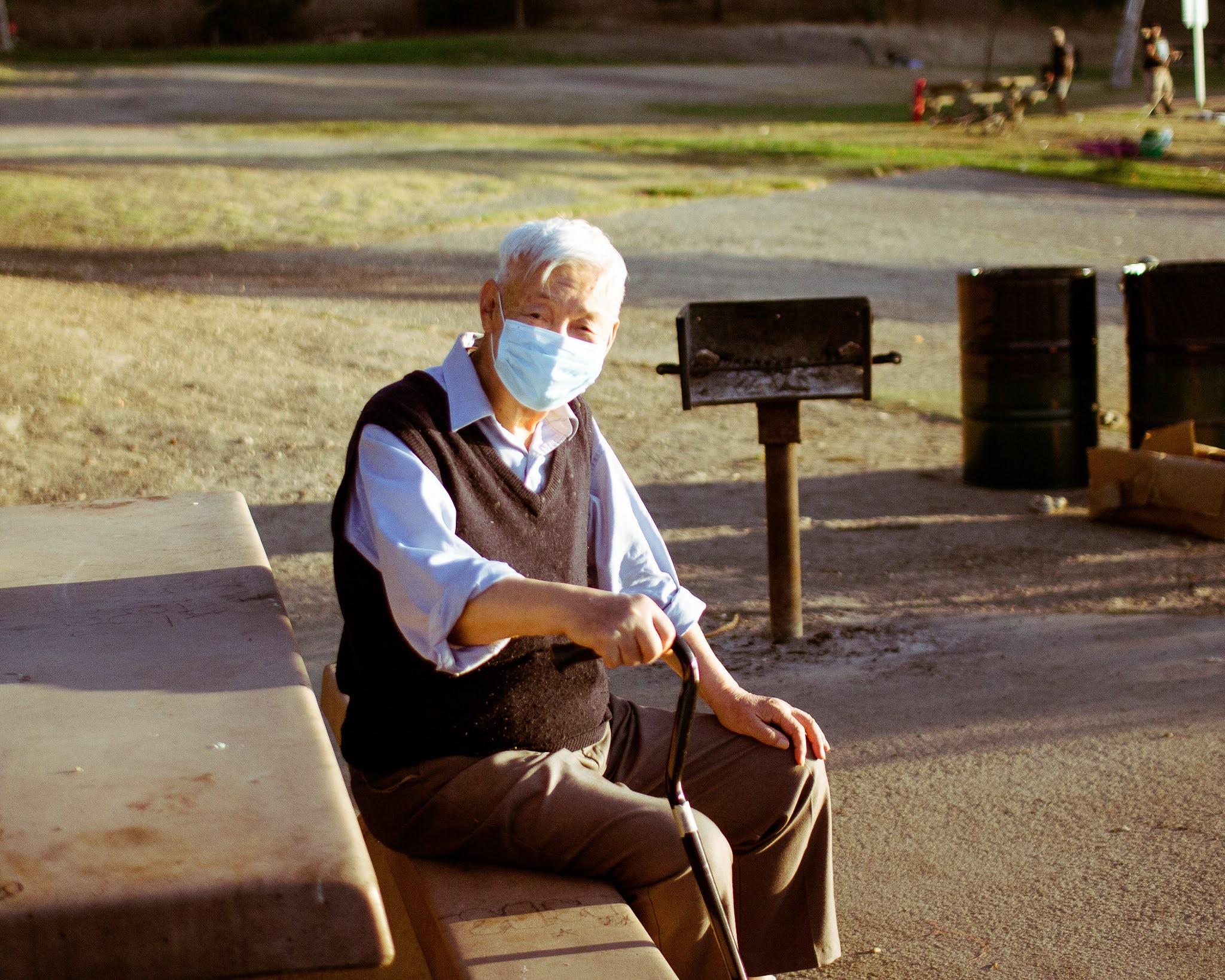 كيف احمي اقاربي الكبار في السن من فايروس كورونا