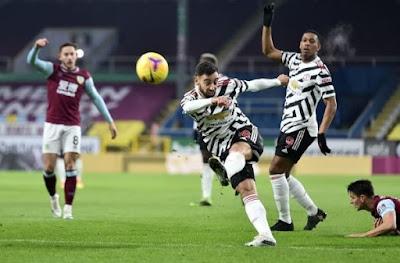 ملخص وهدف فوز مانشستر يونايتد علي بيرنلي (1-0) الدوري الانجليزي